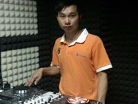 广西北流DJ学员郑业权机房练习