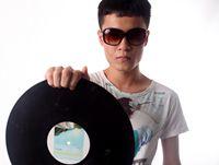 顶尖DJ学员李建国
