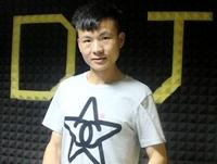 陕西DJ学员蒋凯机房练习照片