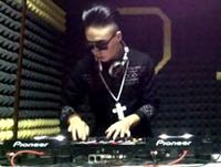 顶尖DJ学校学员陈嘉伟House VS R&B接歌考试