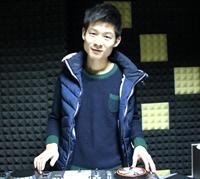 顶尖DJ学员张文晴机房练习照片