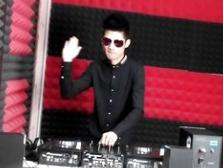 顶尖DJ学员张文晴D阶段House接歌练习