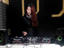 顶尖DJ学员张倩R&B接歌练习