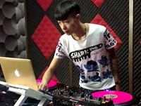 顶尖DJ学校至尊班学员刘帅House数码接歌练习