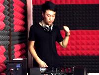 顶尖DJ学校学员苏浩House接歌练习