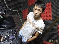 四川巴中市DJ学员魏军机房照片