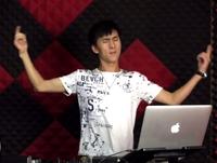 顶尖DJ学校学员郑向东RNB接歌练习