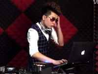 顶尖DJ学校学员冯周赐R&B接歌考试