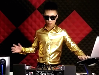 顶尖DJ学校学员刘渡House接歌考试