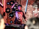 顶尖DJ学校内部学员接歌交流赛学员萧雨