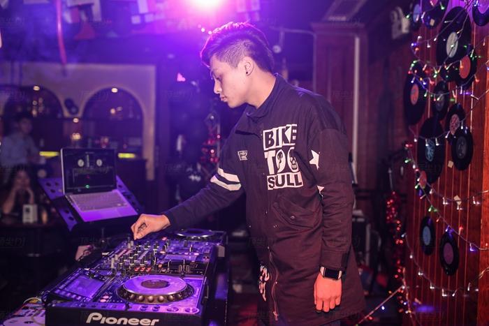 顶尖DJ学校学员赵健锋2015第13届全国先锋DJ大赛精彩集锦