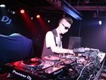 顶尖DJ学校学员张石先锋DJ大赛现场