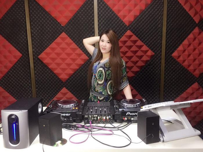 江西DJ学员曹阳风机房照片