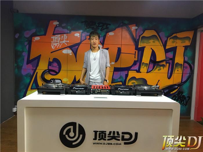 辽宁顶尖DJ学校学员张博伦D阶段考试