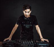 顶尖DJ学校学员李鹏威