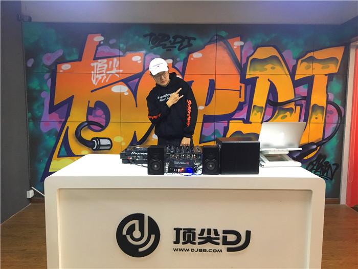 安徽顶尖DJ学校学员钱邦豪D阶段考试