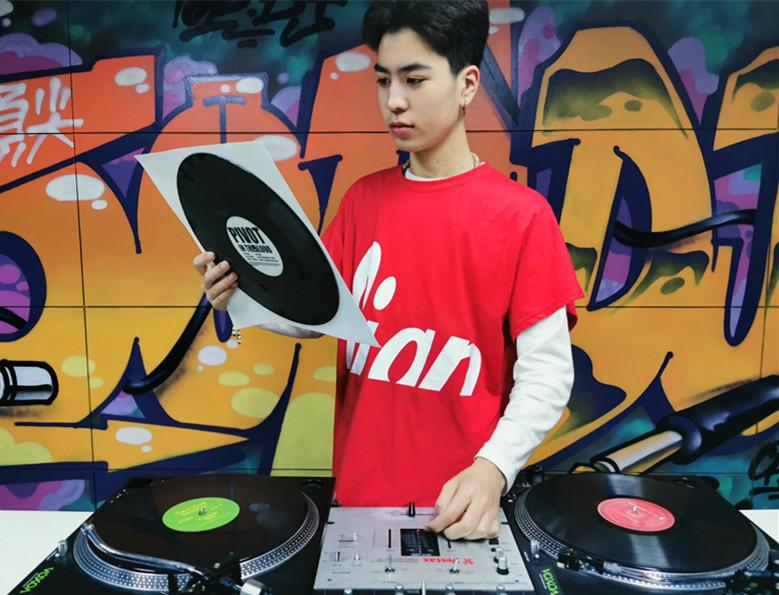 DJ学员吴明祥照片