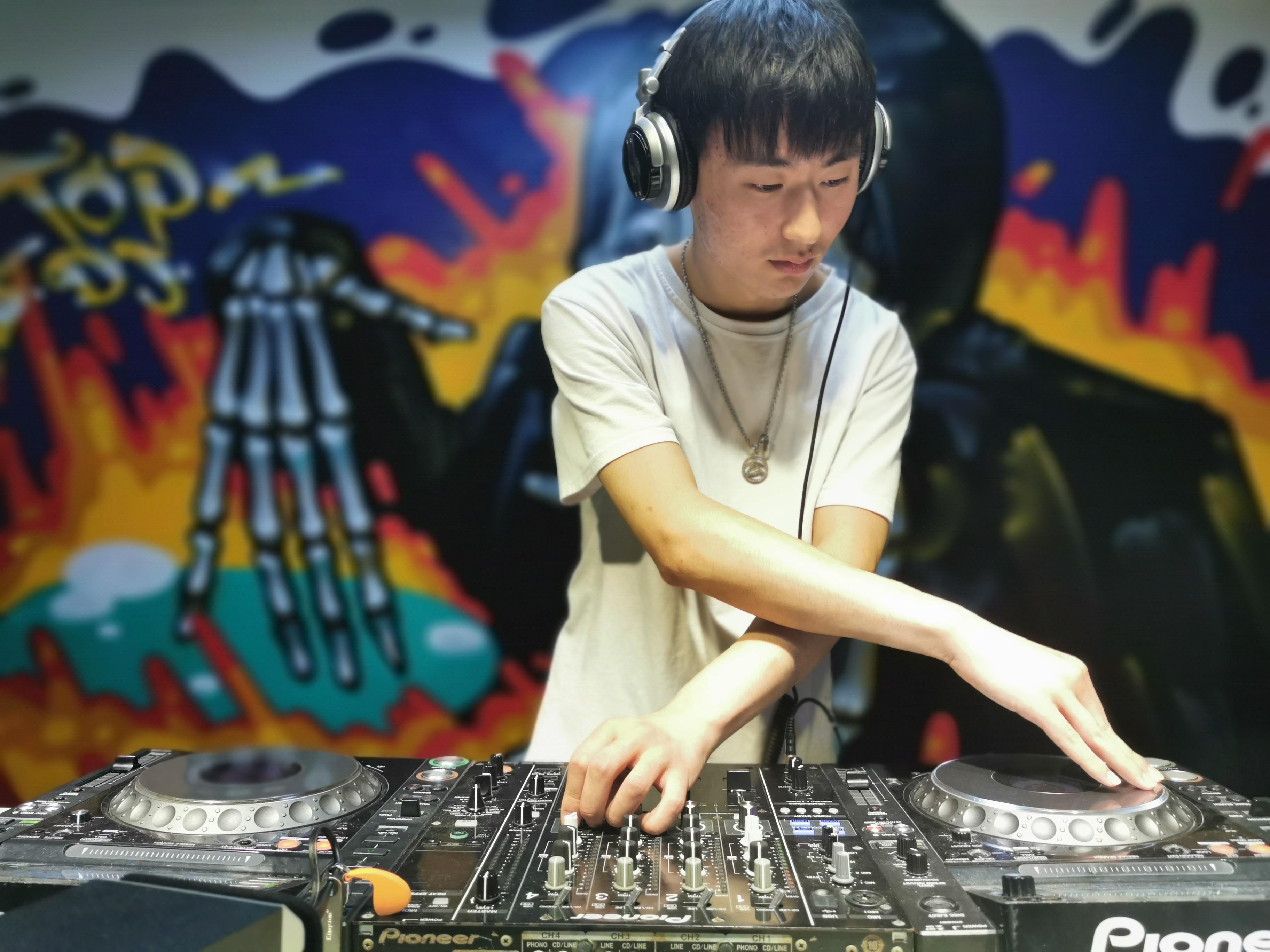 江苏顶尖DJ学校学员李善祥毕业考试