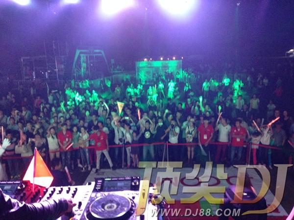 音乐节嘉宾DJ之学员齐上阵2